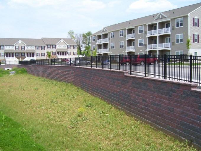 2348 Aluminum Fence