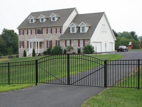 Custom Arched Aluminum Gates
