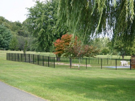 2048 Pool Code Aluminum Fence