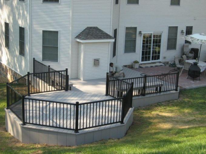 Custom Deck With Aluminum Railing