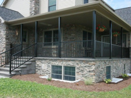 Aluminum Posts With Railing