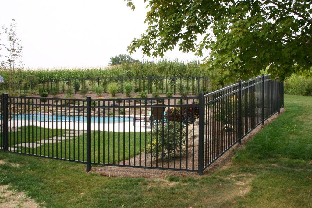 Aluminum Fence Installation Aluminum Fences Dutch Way Llcdutchway