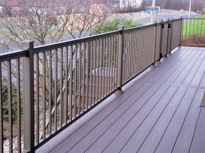 Hammered Aluminum Railing- Bronze