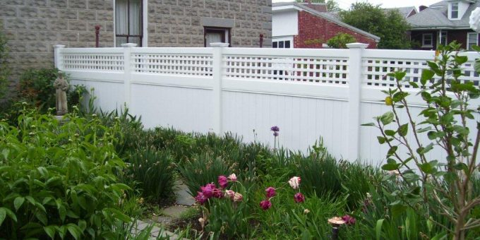 A Vinyl Fence Is A Low Maintenance Option.