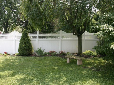Privacy Fence With New England Picket Accent