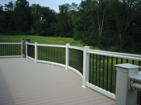 PVC Decking With Hampton Railing